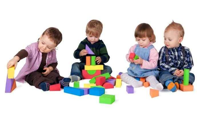 Детские игрушки и их роль в развитии ребенка